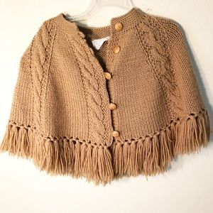 Vintage | 70s Knit button front poncho w/ fringe